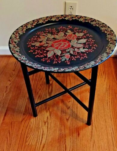 VINTAGE ROUND TOLE TRAY TABLE  BLACK LEGS WOOD FOLDING MID CENTURY