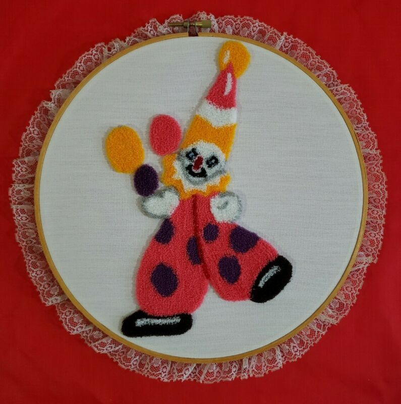 """Vintage Completed Punch Needle Pink Clown Balloons Framed In 9"""" Hoop"""