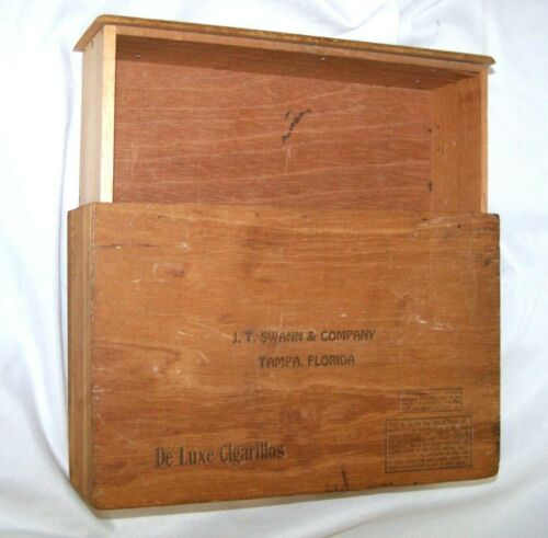 VTG Wooden Cigar Box De Luxe Cigarillos - J.T. Swann & Co Tampa Florida - Drawer