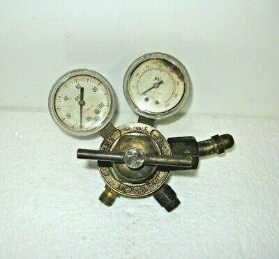 Victor Sr250c Oxygen Regulator Medium Duty Used