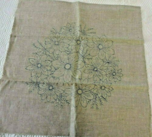 VINTAGE STAMPED DECORATIVE PILLOW TO EMBROIDER AND SEW.  LINEN, FLORAL DESIGN.