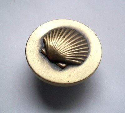 "Antique Brass 1 3/8"" Cabinet Drawer Knob Handle Pull - SHELL DESIGN"