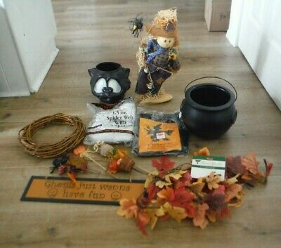 New and Used Halloween items Spider Web Cauldron Scarecrow Wreath Leaf Garland