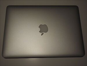 Apple 13inch Mac book pro with Retina Display mid 16 Sydney City Inner Sydney Preview