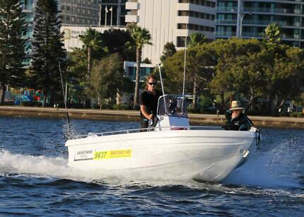 Boat hire in Perth from only $100 per day