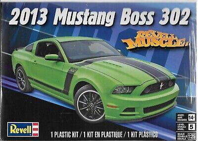 Revell ''Muscle'' 2013 Mustang Rivete 302 en 1/25 4187
