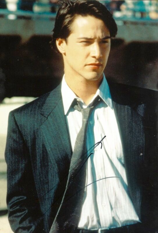 Keanu Reeves ACTOR autograph, In-Person signed photo