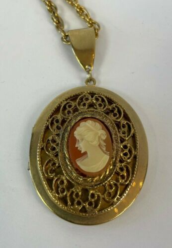 Vintage gold tone cameo pendant locket necklace