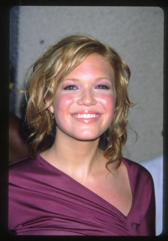 Lot of (5) 2000s MANDY MOORE Original 35mm Slide Transparencies SINGER ACTRESS