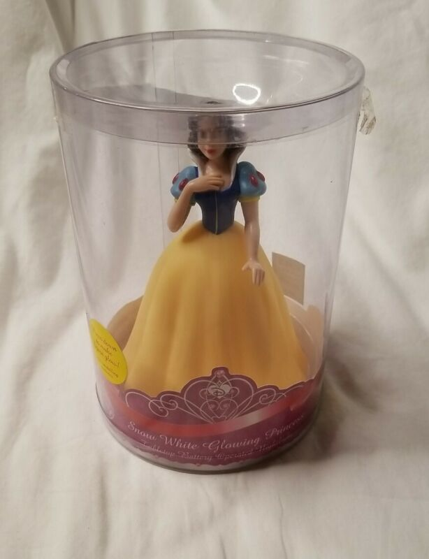 Disney Snow White Glowing Princess Tabletop Battery Operated Nightlight NEW!