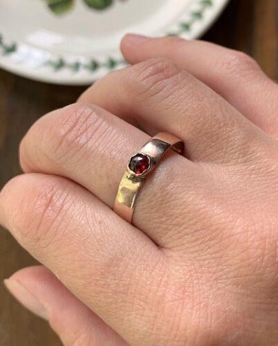 Victorian Rose Cut GARNET 10k Solid Rs GOLD Ring Bezel Set Antique Band Stacker
