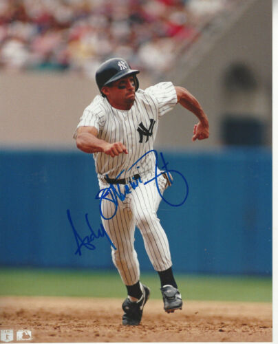 NY Yankees Andy Stankiewicz autographed 8x10 color action  photo