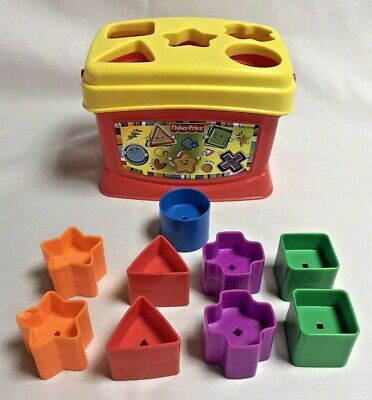 Fisher Price Shape Sorter Bucket with Nine Shapes Included 2006 Preschool -