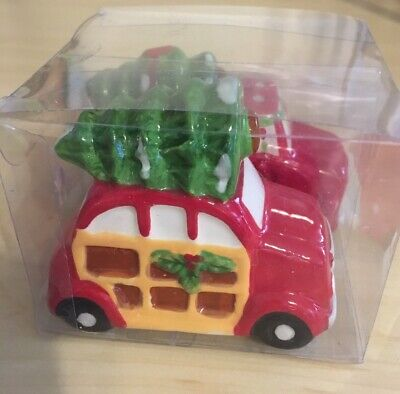 NEW Red Pickup Truck with Christmas Tree Salt & Pepper Shakers Set Ceramic