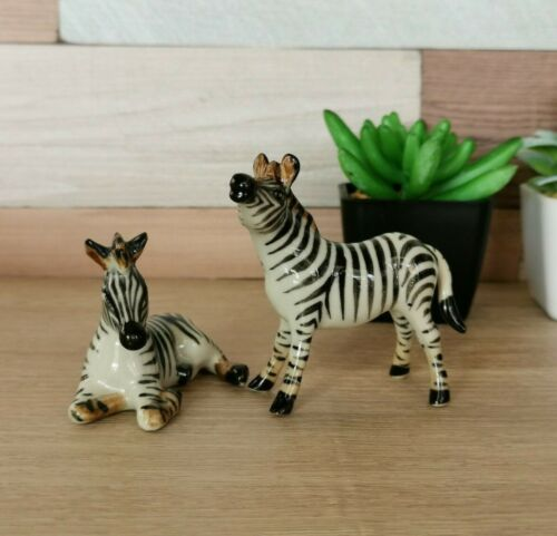 Zebra Family Figurine Hand Painted Collectible Statue Home and Garden Decoration
