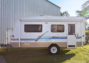 2002 KEDRON ATV 18' SINGLE BEDS SEMI OFFROAD CARAVAN Gympie Gympie Area Preview