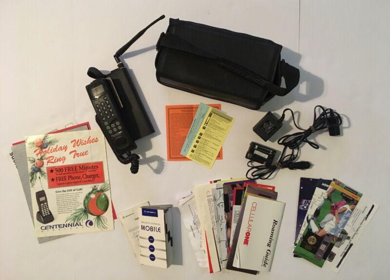 Motorola TX400 Vintage Mobile Phone w/ Attache Case Manuals 1990s Cell Cellular