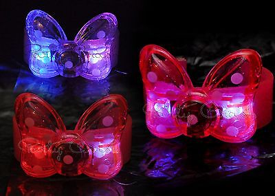 6 Pcs Light-Up Minnie Mouse Polka Dot Bow Bracelets LED Party Favor Flashing](Minnie Mouse Bow Light Up)