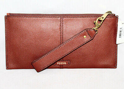 NWT $78 FOSSIL Liv Wristlet SWL2337210 Medium Brown Pebble Grain Leather