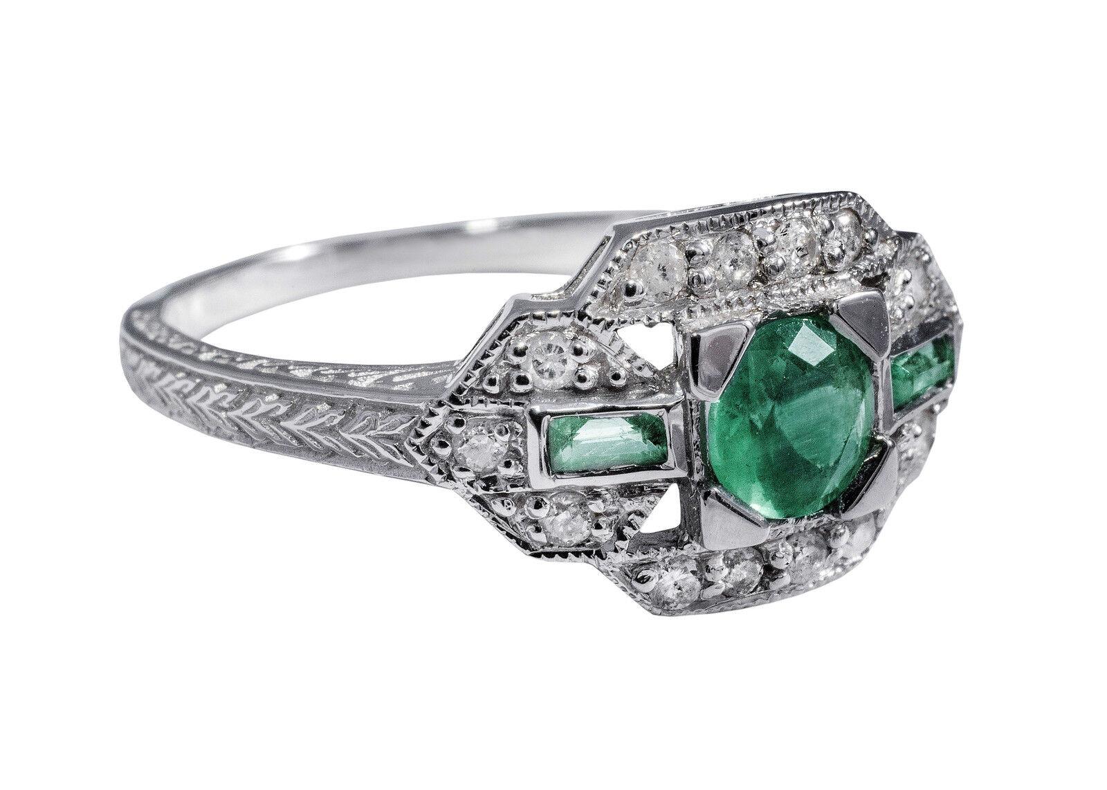 Art-Deco Ring mit Smaragd und Diamanten