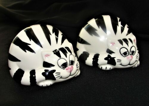 Vintage Cheshire Cat Salt & Pepper Shakers Fun Novelty Pair Black & White