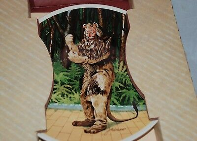 """Vintage The Wizard of Oz The Lion The 8 1/2"""" Knowles Collectors Plate Mint"""