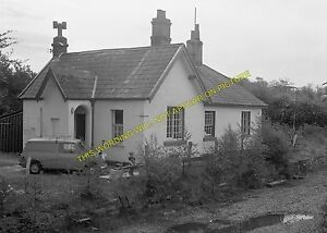 Treborth Railway Station Photo. Menai Bridge - Port Dinorwic. Bangor to Carnarvo