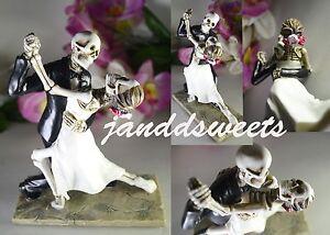 Love Never Dies Wedding Cake Topper-Bride-Groom-Halloween Figurine Deco Skeleton