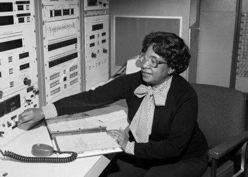 Mary Jackson-African American Aerospace Engineer-NASA First Black Engineer-Photo