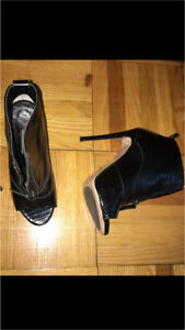 Toni Bianco booties size 8 best offer