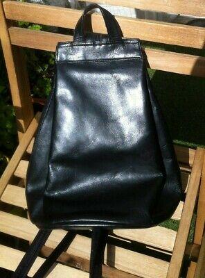 Faux Leather Backpack Shoulder Bag (black) HIDESIGN