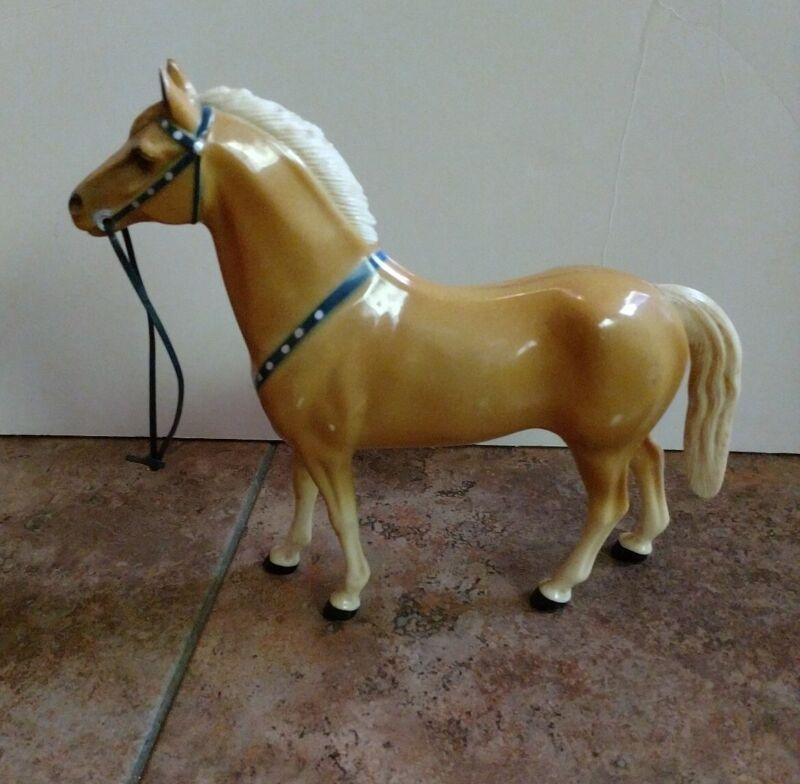 Hartland Vintage Trigger model horse 60