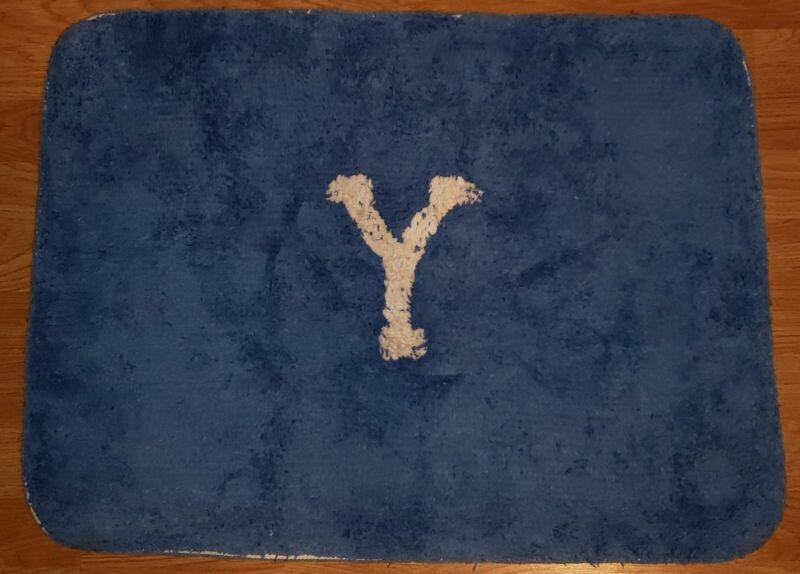 VINTAGE YALE UNIVERSITY IVY LEAGUE SCHOOL BLUE WHITE FLOOR MAT 1950