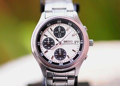 Nice Early 2000s Seiko Panda dial Chronograph Quartz V657-7100 wrist Watch