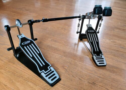 PDP by DW DP402 Double Bass Drum Pedal Chain-Drive Pacific Drums