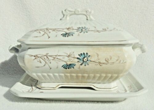 Vintage Wood & Son Porcelain Flowered Soup Tureen with Handles & Plate #4055