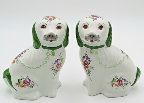 "RCCL Hand Painted  8"" Staffordshire Cavalier King Charles Pair"