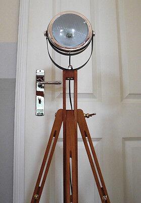 Retro Tripod Stehlampe MOTO WOOD Bauhaus Industriedesign Leuchte Stativ Holz