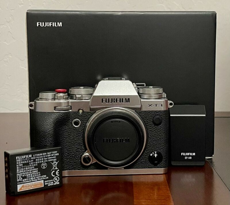 Fujifilm Fuji X-T3 26.1MP Mirrorless Digital Camera  - Silver