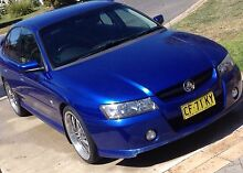 Vz sv6 paddle shift 5 speed Albury Albury Area Preview