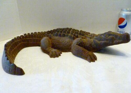 "LARGE 16"" Vintage CAST IRON Gator ALLIGATOR Figurine YARD GARDEN ART"