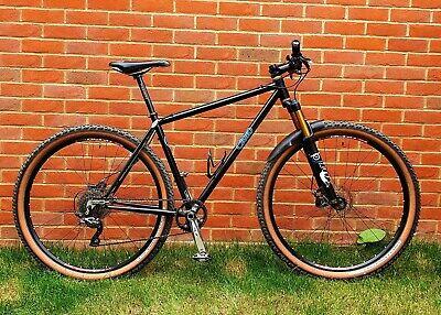 Cielo (Chris King) Mountain bike 29er Fox forks