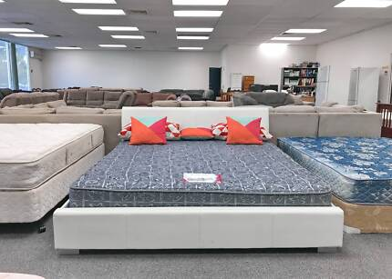 DELIVERY TODAY MODERN King LEATHER bed & COMFORTABLE mattress