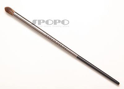 Eye Blending Brush (URBAN DECAY Pro Collection Eye Tapered Blending Brush E209 100% Authentic RRP$24)