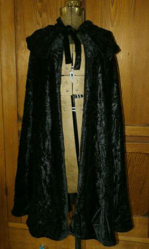 NWT One Size Von Lancelot Crushed Velvet Goth Gothic Cape Black