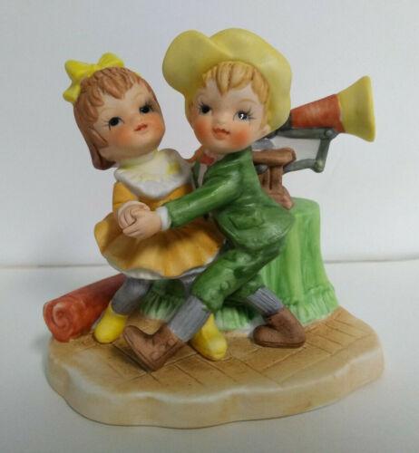 Rare Vtg Lefton Girl and Boy Dancing to Music Playing on Phonograph Figurine