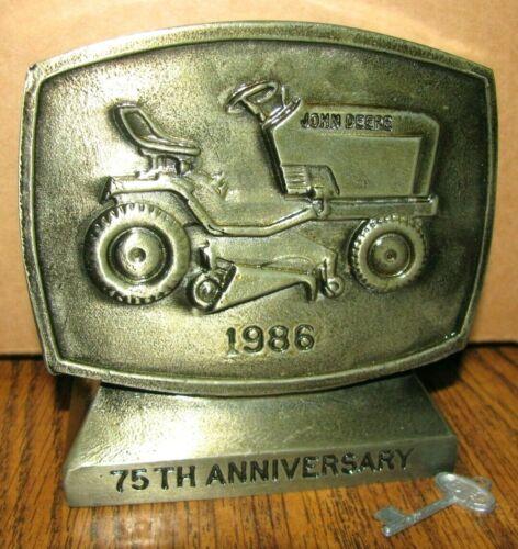John Deere Horicon 400 Lawn Garden Tractor Van Brunt Drill Locking Bank 75th Anv