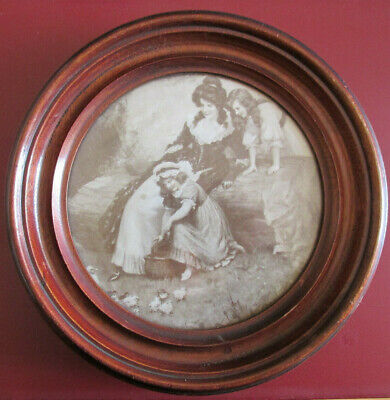 Antique Round solid Wood Wall Hanging photo Frame for 16cm diameter