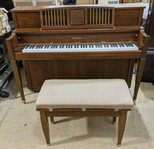 Kawai 801-C Upright Console Piano w/ Bench