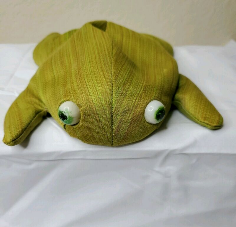 Folk Art Vintage Collectible Bean Bag Frog Toad